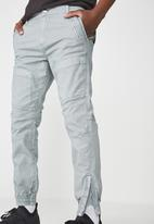 Cotton On - Urban slim fit jogger - blue