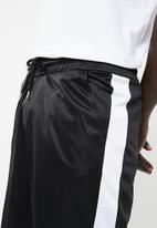 Superbalist - Tricot side stripe shorts - black & white