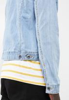 Superbalist - Basic Slim Denim Trucker Jacket - blue