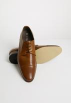 Superbalist - Davis leather formal - tan
