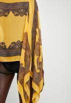 Lithe - Border print kaftan - yellow