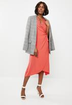 Revenge - Wrap dress with lace neckline - peach