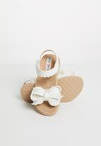 POP CANDY - Kids bow detailed sandal - white