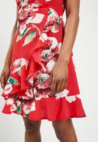 Revenge - Frilled wrap over dress - red
