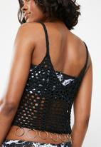 Missguided - Crochet ring vest - black
