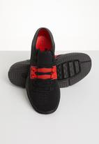 Under Armour - Ua speedform amp 3.0 - black & red