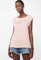 Lizzy - Iona tee - pink