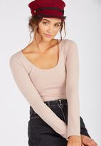 Supré  - Long sleeve scoop neck top-stone