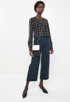 AMANDA LAIRD CHERRY - Ntombekhaya pants - navy