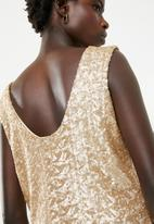 STYLE REPUBLIC - Sequin top - gold
