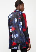 Revenge - Kimono floral - navy & red