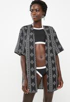 Lithe - Aztec beach kaftan - black