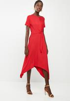 edit - Short sleeve wrap dress - red