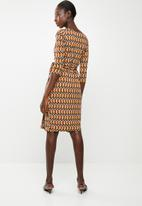 edit - 3/4 sleeve wrap dress  - multi