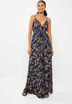 G Couture - Strappy maxi ditsy print - black