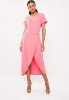 G Couture - Boat neck wrap tulip dress - pink