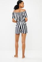 Superbalist - Stripe off the shoulder playsuit - white & navy