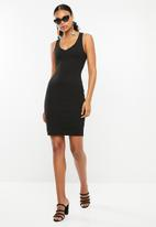Superbalist - Sweetheart neckline bodycon dress - black