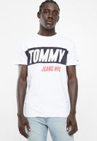 Tommy Hilfiger - Heavy logo tee - white