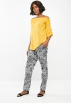 edit - Bardot 3/4 sleeve blouse - yellow