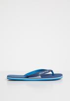 World Tribe - Maverick flip flops - blue