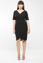 STYLE REPUBLIC PLUS - Cross over wrap dress - black