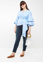 STYLE REPUBLIC PLUS - Wrap blouse - blue