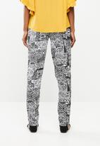 edit - Printed straight cut pants - black & white