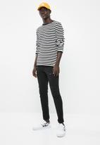 Jack & Jones - Patch knit crew neck sweat black & white