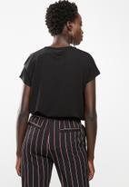 edit - Short sleeve t-shirt - black