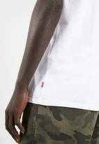 Levi's® -  Graphic short sleeve T-shirt - white