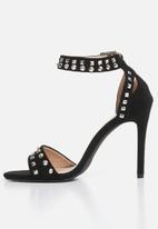 Miss Black - Zeenat stud detail heels - black