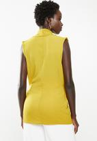 edit - Wrap over top - yellow