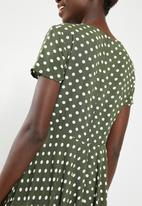 c(inch) - Ruched front fit and flare dress - khaki green