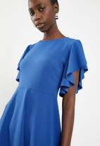 c(inch) - Sleeve detail fit and flare dress - blue