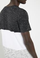 STYLE REPUBLIC - Printed short sleeve tee - multi