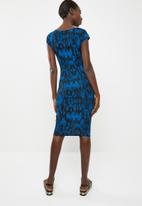 c(inch) - Basic fitted bodycon dress - black and blue