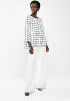 edit - Printed boxy top - black and white
