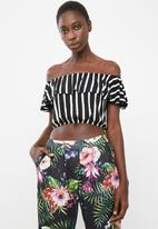 c(inch) - Frill detail bardot top - black and white
