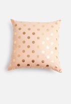 Grey Gardens - Dot cushion cover - peach & gold