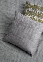 Grey Gardens - Dust sky cushion cover - grey