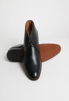 Michael Daniel - Jarred Pin punch leather boot - black