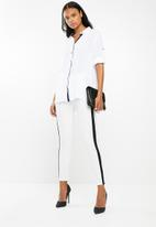 G Couture - Long shirt with pocket stitch - white