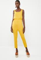c(inch) - Easy fitting jumpsuit - yellow