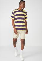 Cotton On - Downtown loose fit short sleeve tee - yellow & purple