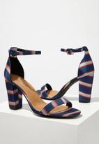 Cotton On - San serena square toe heel - blue & red