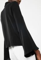 Superbalist - Bell sleeve shirt - black