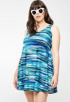 Jacqueline Plus - Wave swim dress - blue