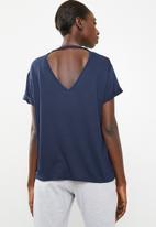 Superbalist - Tee with v back - blue