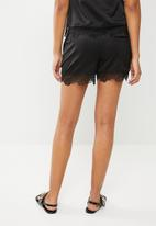 ONLY - High waisted puff shorts - black